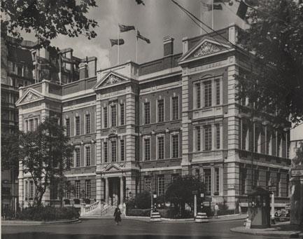 Savoy-Place-June-1953