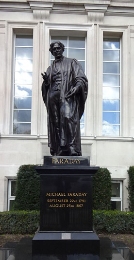 Faraday-Statue-at-SP-Following-Restoration-14-Oct-2015-View-2-Cropped