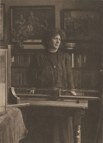 Mrs-Ayrton-in-her-Laboratory-cropped-plate-from-Sharp-biography