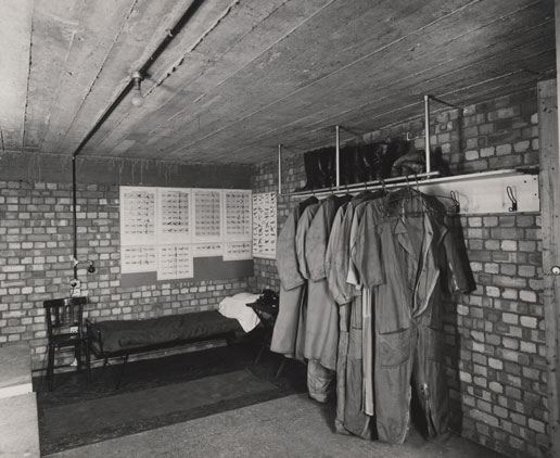 NAEST-211-02-28-01-file-3-env-45-Air-wardens-room-1945