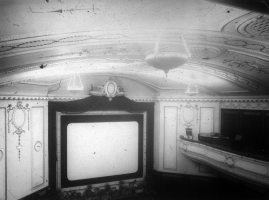NAEST-074-04-0325-L479-New-Empire-Cinema,-Newcastle-upon-Tyne-June-1913-light-adjusted