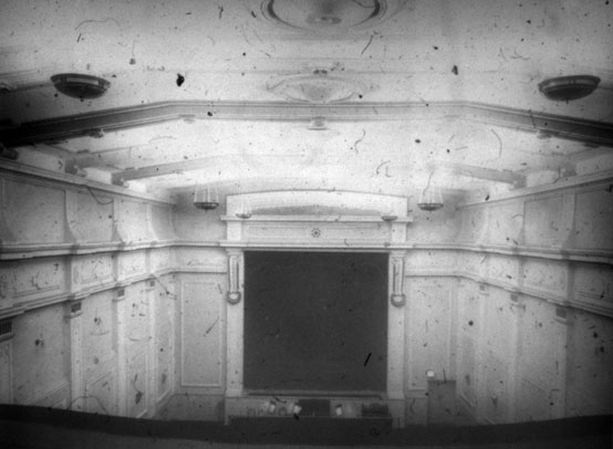 NAEST-074-04-0330-L484-Palace-of-Varieties-Redcar-June-1913-light-adjusted