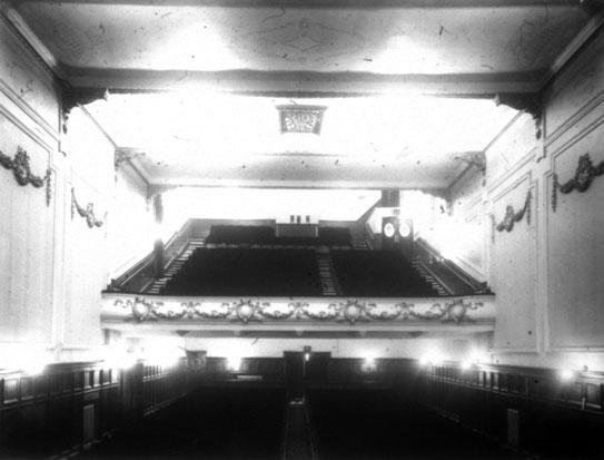 NAEST-074-04-0338-L492-St-James-Cinema,-Harrogate-June-1913-light-adjusted